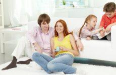 Как научить детей соблюдать личное пространство мамы?